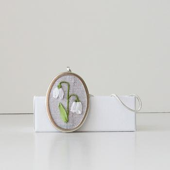Snowdrops Necklace